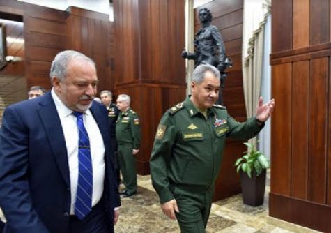Либерман разъяснил Шойгу, чего непотерпит Израиль вСирии