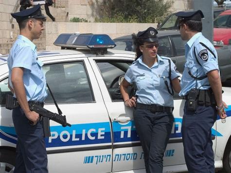 Корупционный скандал: милиция ведет обыски вмэрии Нетании