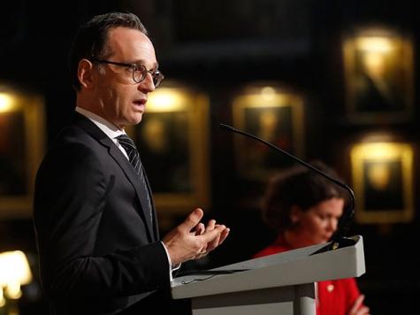 Президент Палестины объявил, что евреи вевропейских странах подвергались погромам неиз-за религии